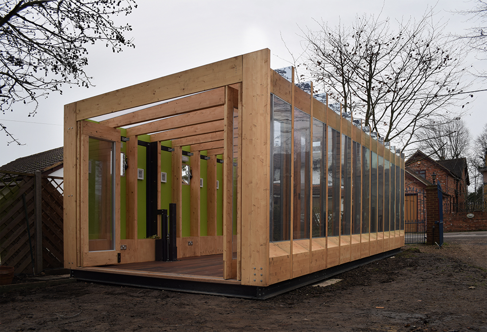 Greenhouse that grows legs, el invernadero hidráulico de BAT Studio