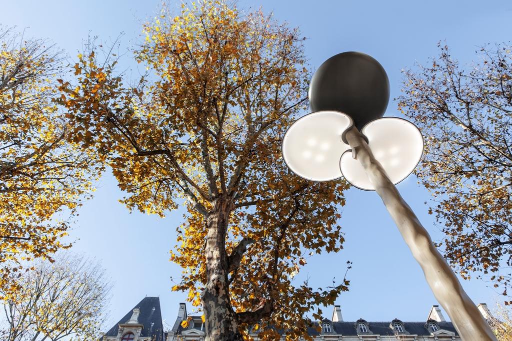 Clover, mobiliario urbano ecológico de Mathieu Lehanneur