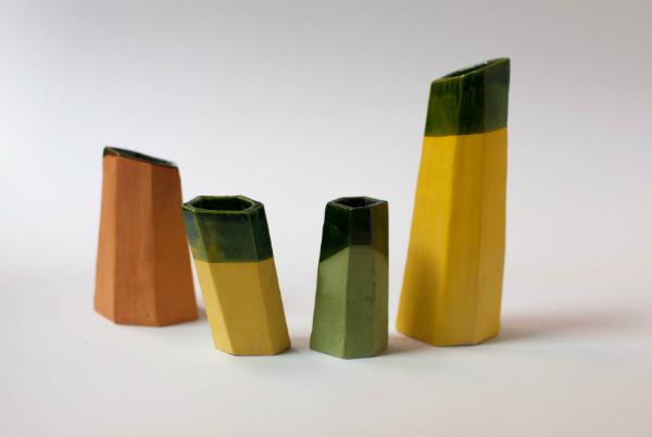 Escaleno, cerámica de Andrés Gallardo