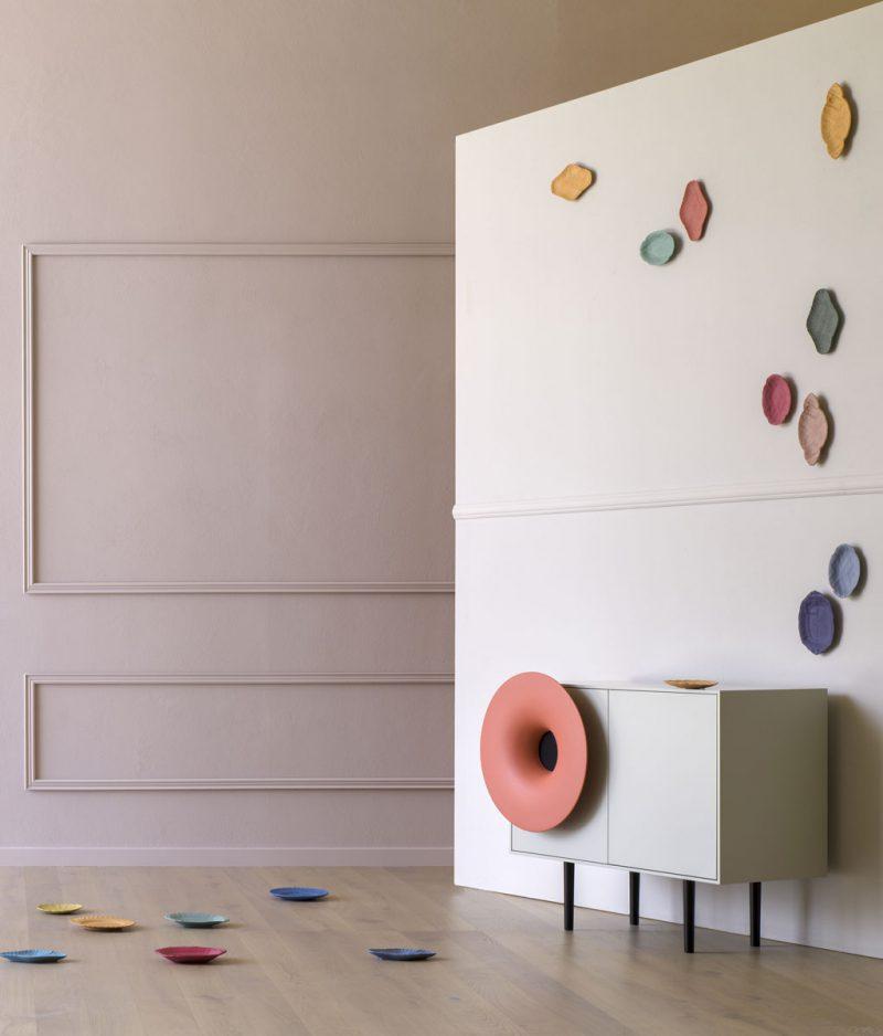 Caruso, el gabinete musical de Paolo Cappello. Minimalismo vintage italiano
