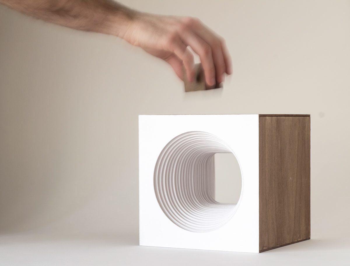 Panta Rei, el cubo luminoso de los estudiantes del Politécnico de Milano