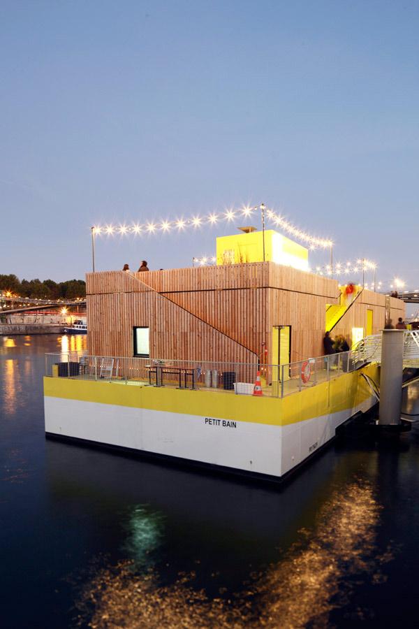 Petit Bain, centro cultural flotante de Encore Heureux para Guinguette Pirate