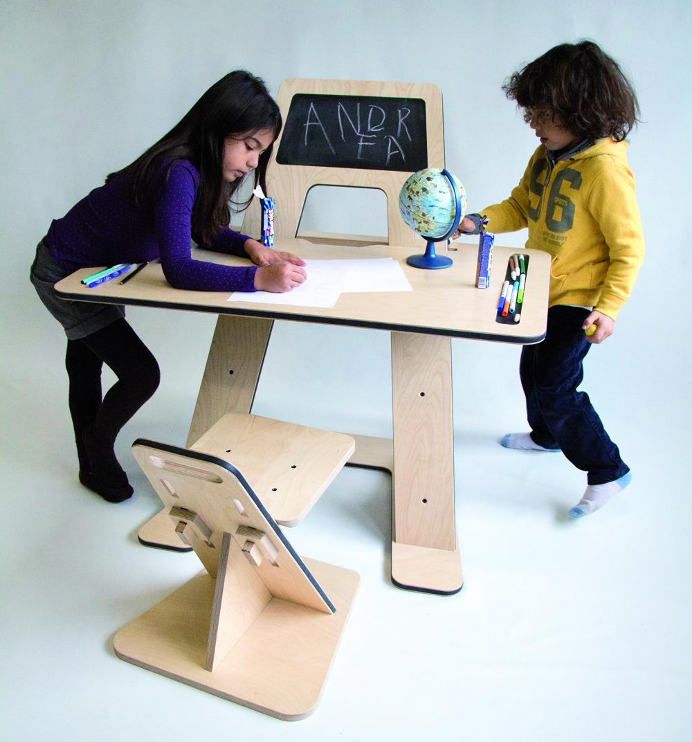Az desk el escritorio ergon mico de guillaume bouvet for Escritorio ergonomico