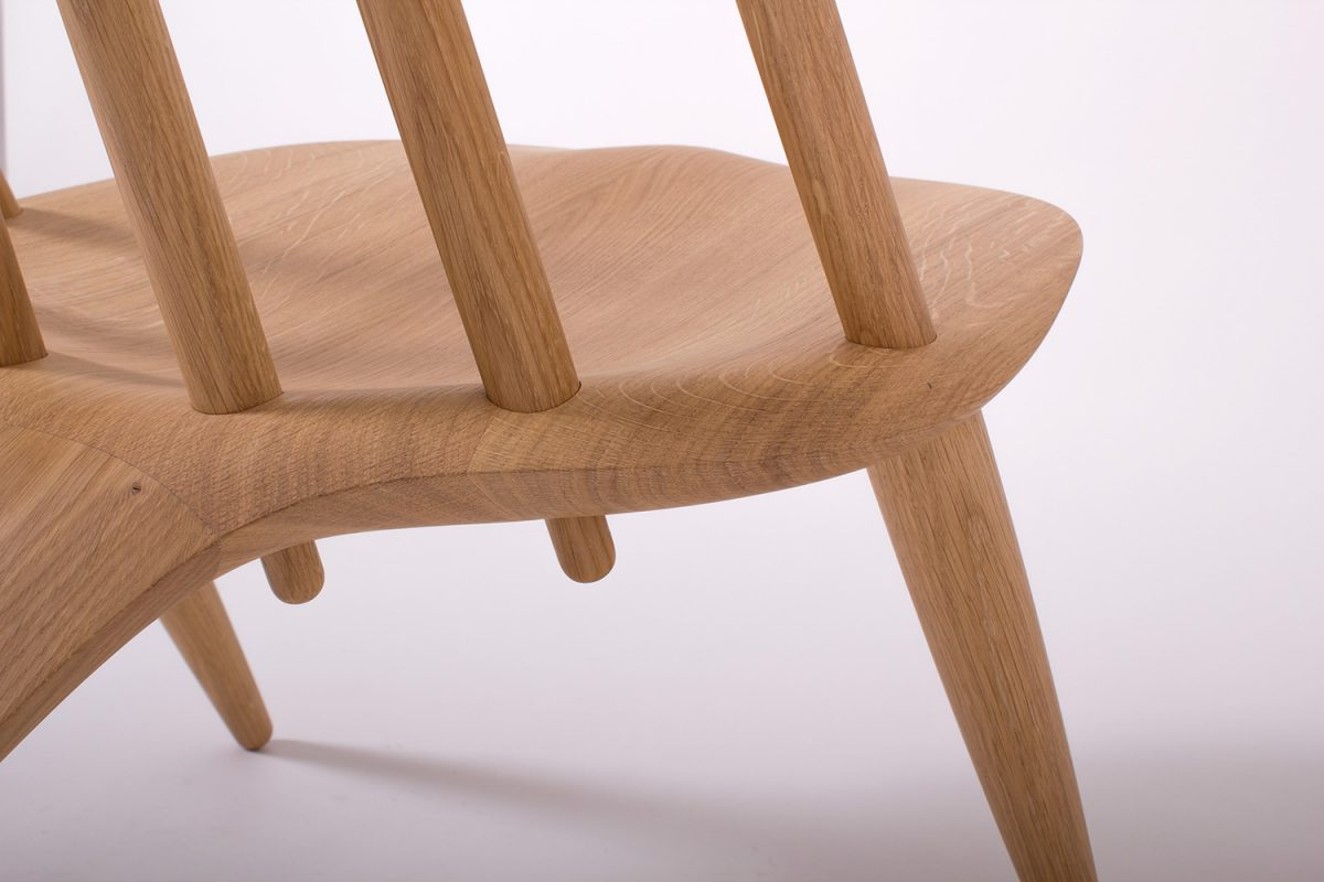 Manta Ray Chair, Inoda + Sveje reinterpreta la silla Windsor Chair