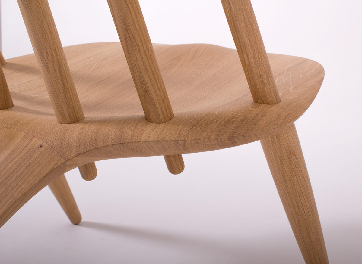 Manta Ray Chair, Inoda + Sveje reinterpreta la silla Windsor Chair