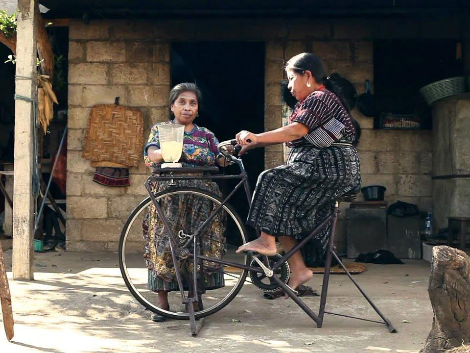 Bicimáquinas, la revolución a pedales de Maya Pedal