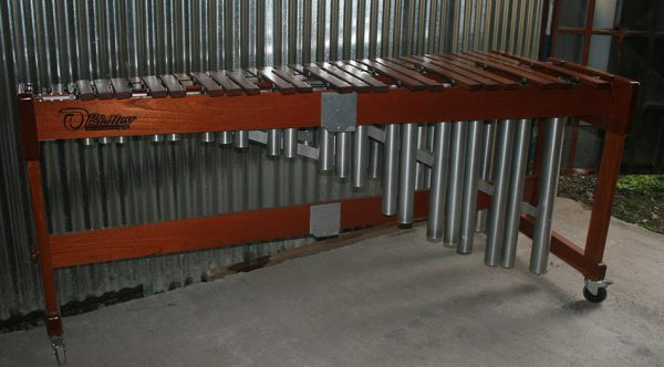 La marimba de concierto en el taller. Foto LFQ.