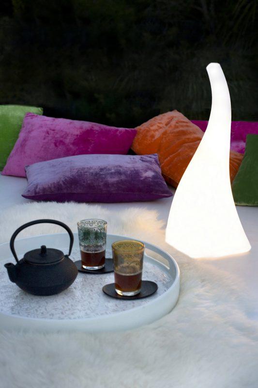Lámpara de Pie Flame, Santiago Sevillano, Mantra Iluminación