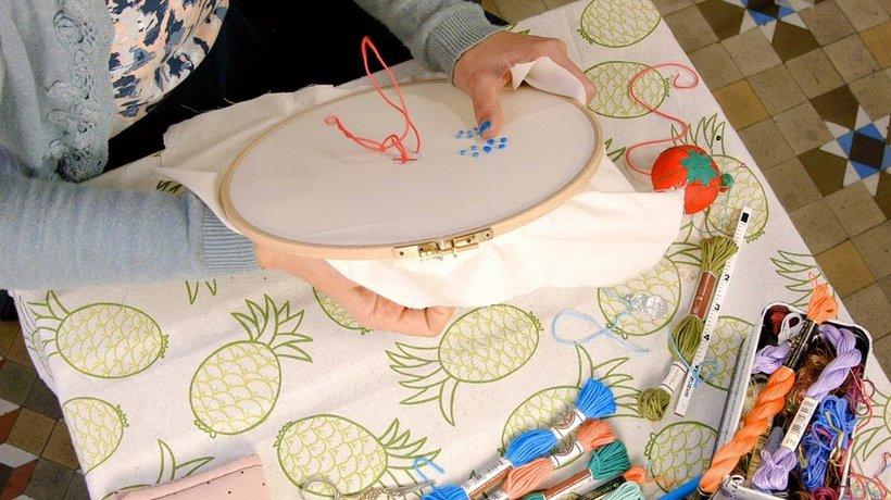 Curso Domestika: Técnicas básicas de bordado: puntadas, composiciones y gamas cromáticas