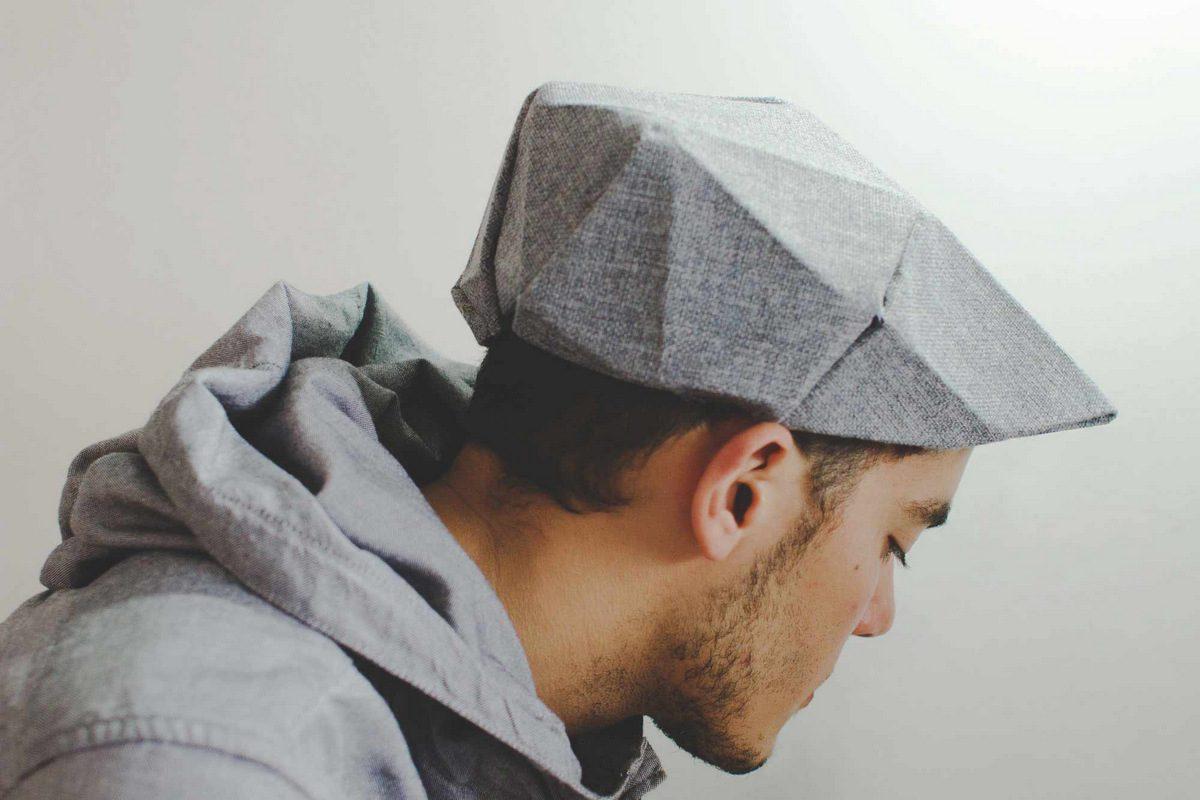 FoldinJat, los sombreros plegables de Lock Man Yee