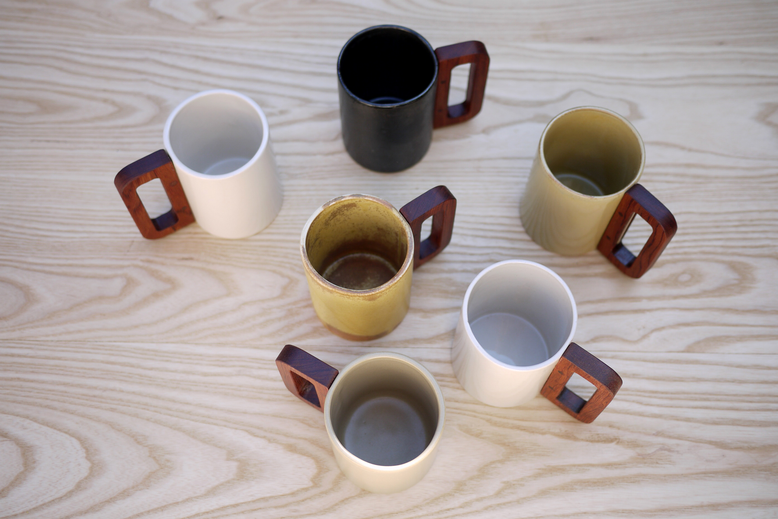 Mugs Serie, Matimañana, 2016