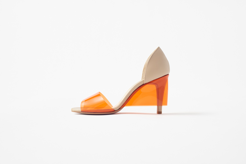 Skirt-Shoes, los zapatos con falda de Nendo