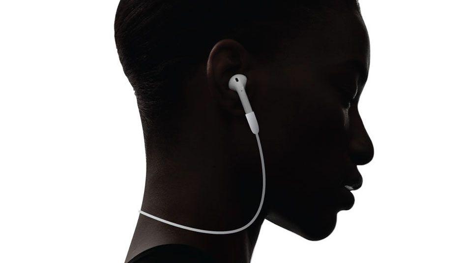 AirPods, el controvertido auricular inalámbrico de Apple, por fin a la venta
