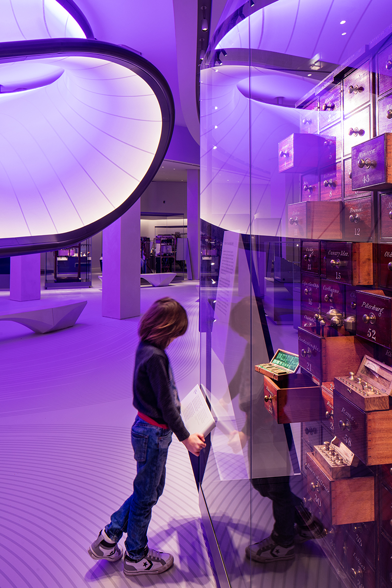 Mathematics: The Winton Gallery, Zaha Hadid Architects, 2016 © Luke Hayes