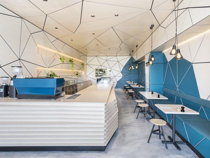 Little Hugh, la cafetería teselada de Biasol Design Studio en Melbourne