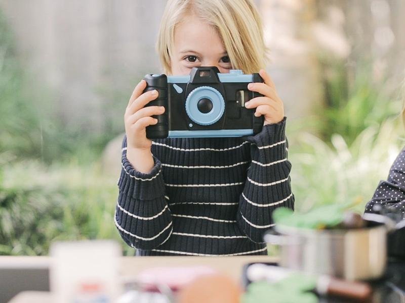 Pixlplay de Pixl Toys, convierte tu smartphone en una cámara para niños