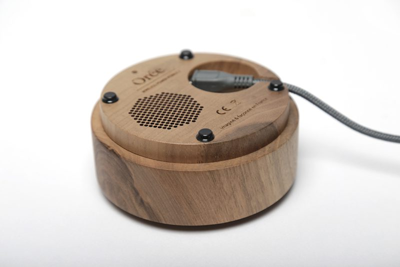 Sistema de altavoces para el dispositivo Orée Pebble, Orée, 2016