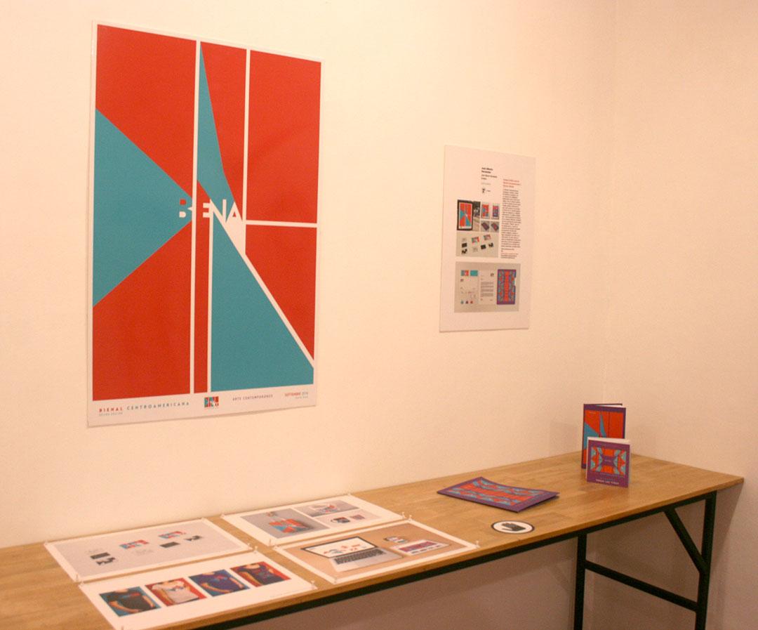 Proyecto de identidad corporativa de la Décima Bienal Centroamericana de Arte, diseñada por José Alberto Hernández en 2016. Foto LFQ.