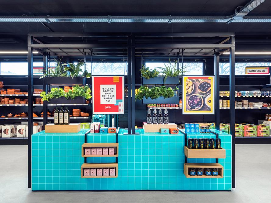 Solera, de Masquespacio. Un supermercado español en Alemania