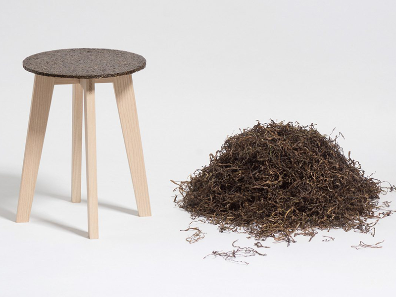 Zostera Stool, taburete de Carolin Pertsch. Una planta acuática como materia prima