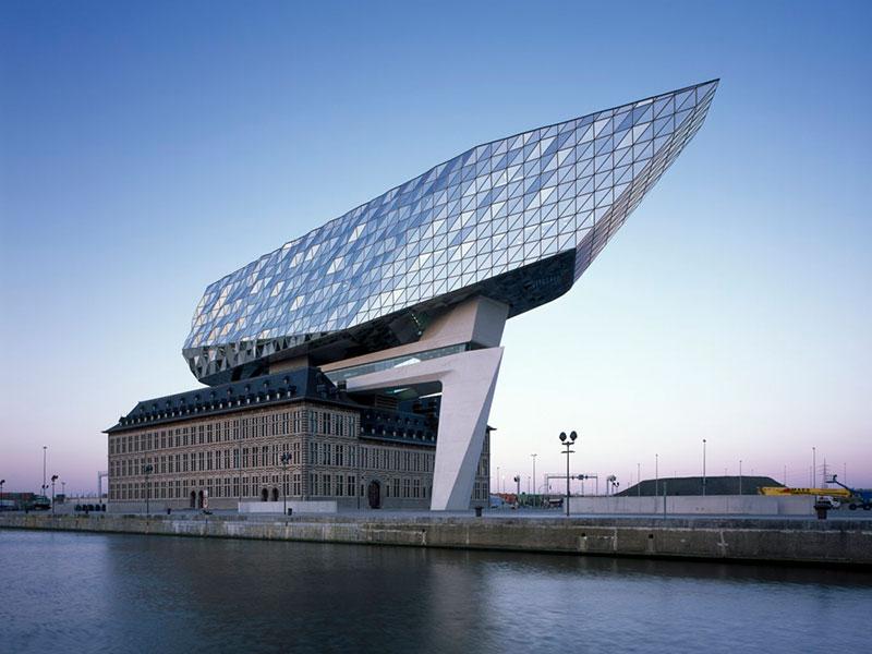 Zaha Hadid Architects diseña las nuevas oficinas portuarias de Amberes