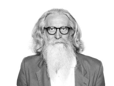 El diseñador italiano Piergiorgio Cazzaniga, Andreu World, 2017