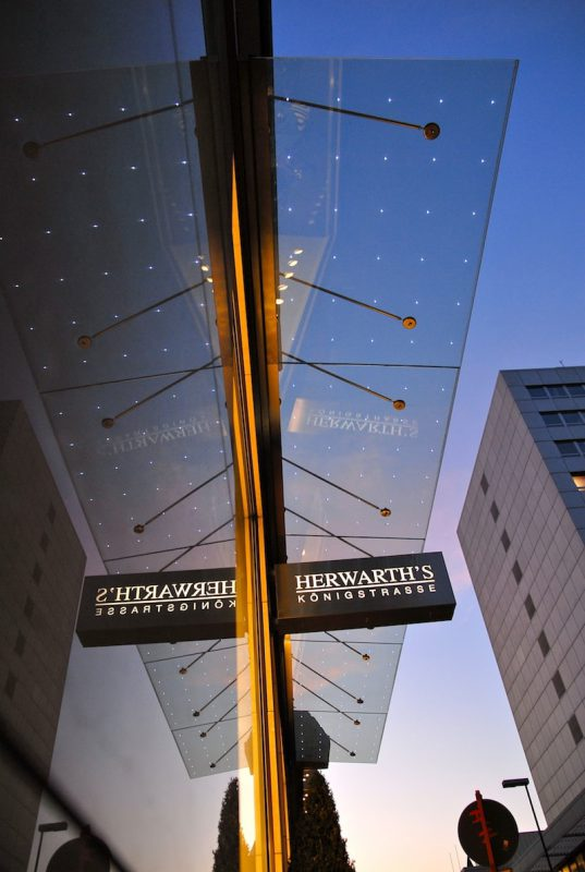 LightPoints™, tecnología LED integrada al vidrio