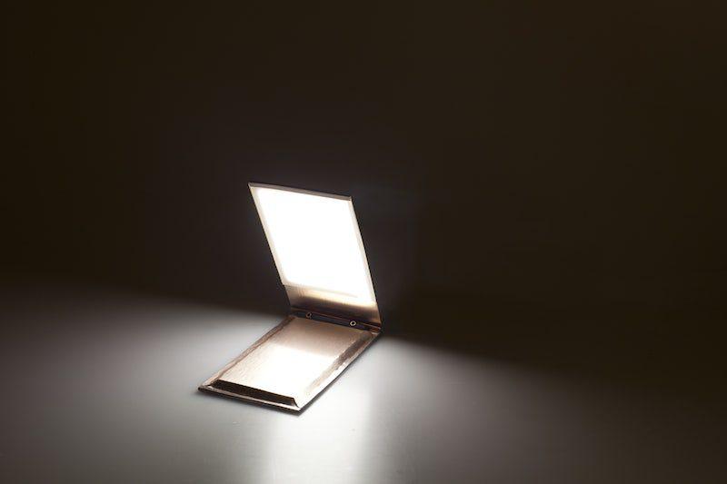 Tres luminarias emocionales y sostenibles desarrollados por alumnos del IED para Artemide