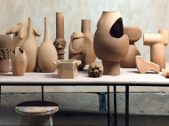 Exhibición de productos de diseñadores costarricenses indentificados como TWO-Mundos, en la galería ReGeneration Furniture de la ciudad de Nueva York, curada por Gabriela Valenzuela-Hirsch.