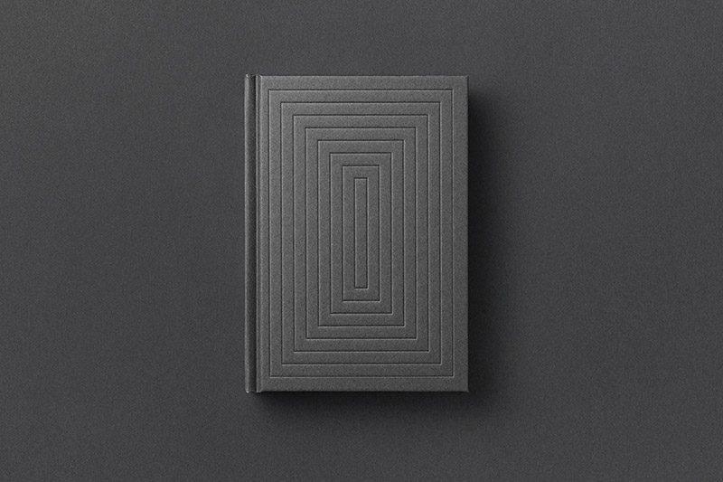 'Erkenntnisweg und Heiliger Geist', diseño editorial de Yuta Takahashi