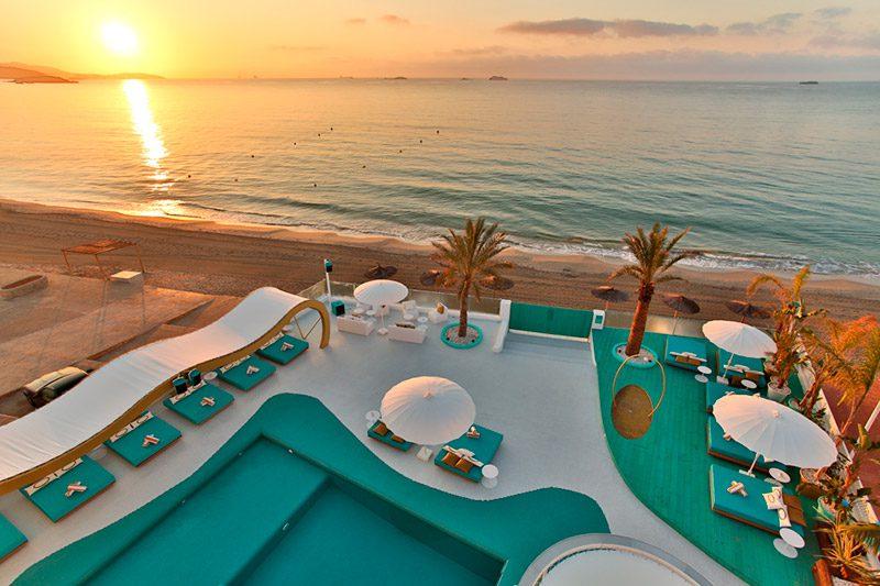 Hotel Santos Dorado. Inspiración Rock de IlmioDesign en Ibiza
