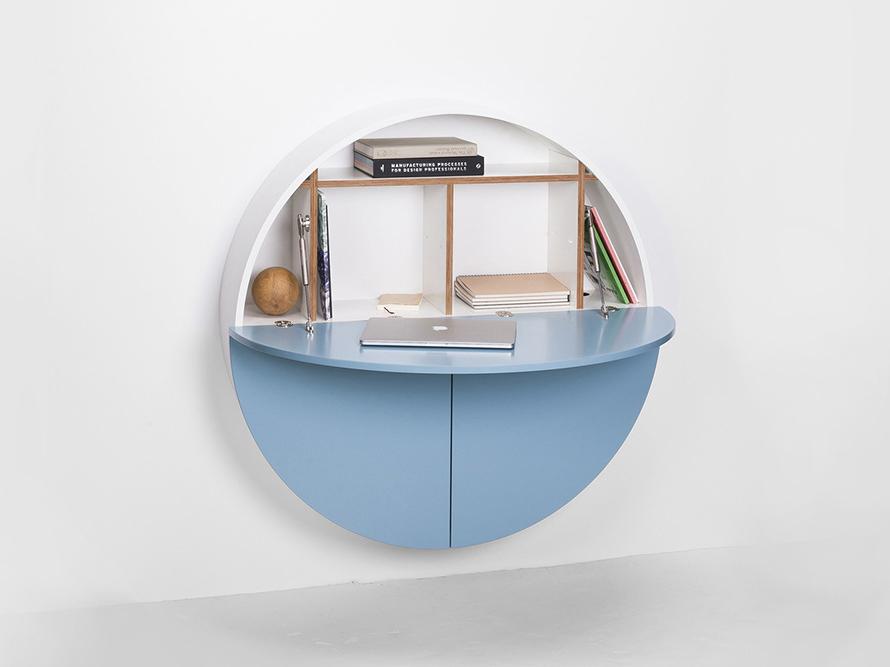 El escritorio multifuncional de Dalius Razauskas para Emko
