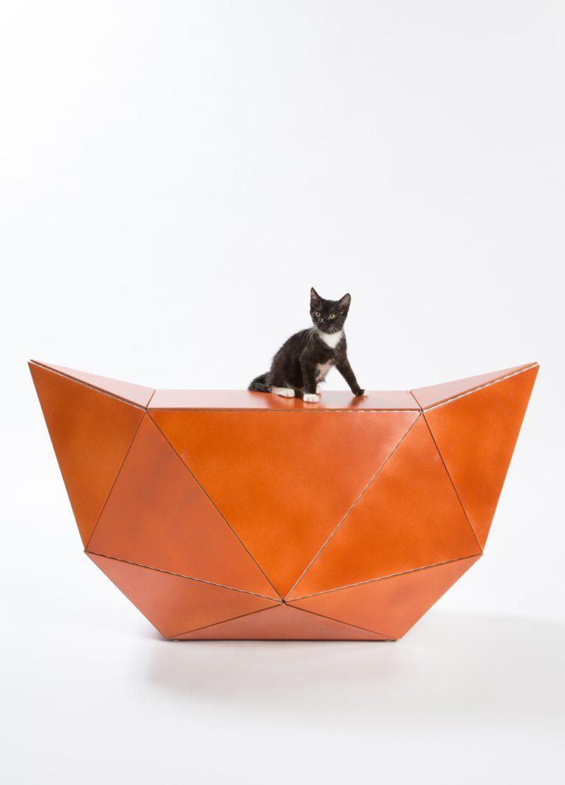 'Guiving Shelter' de Architects for Animals. Meow Miaow, de ES-EN-EM. Fotografía: Meghan Bob.