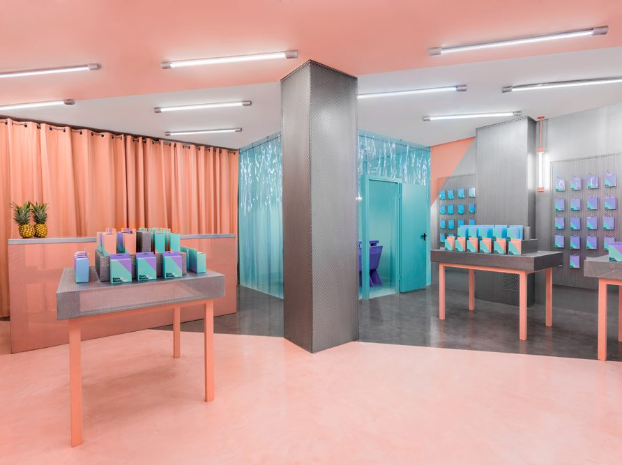 Masquespacio diseña la segunda tienda del Doctor Manzana