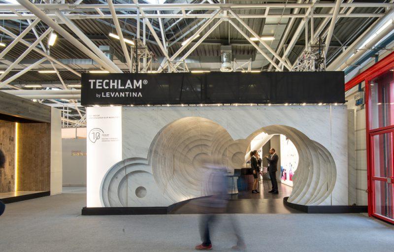 Rocamora diseña un espectacular stand para Techlam by Levantina en Cersaie.