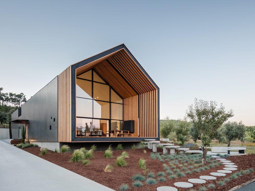 House in Ourem, el hogar de Filipe Saraiva. Una construcción esencial