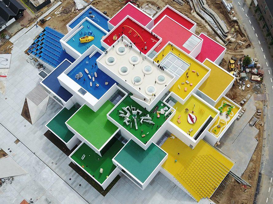 Lego House, de Big. Una casa LEGO en Dinamarca