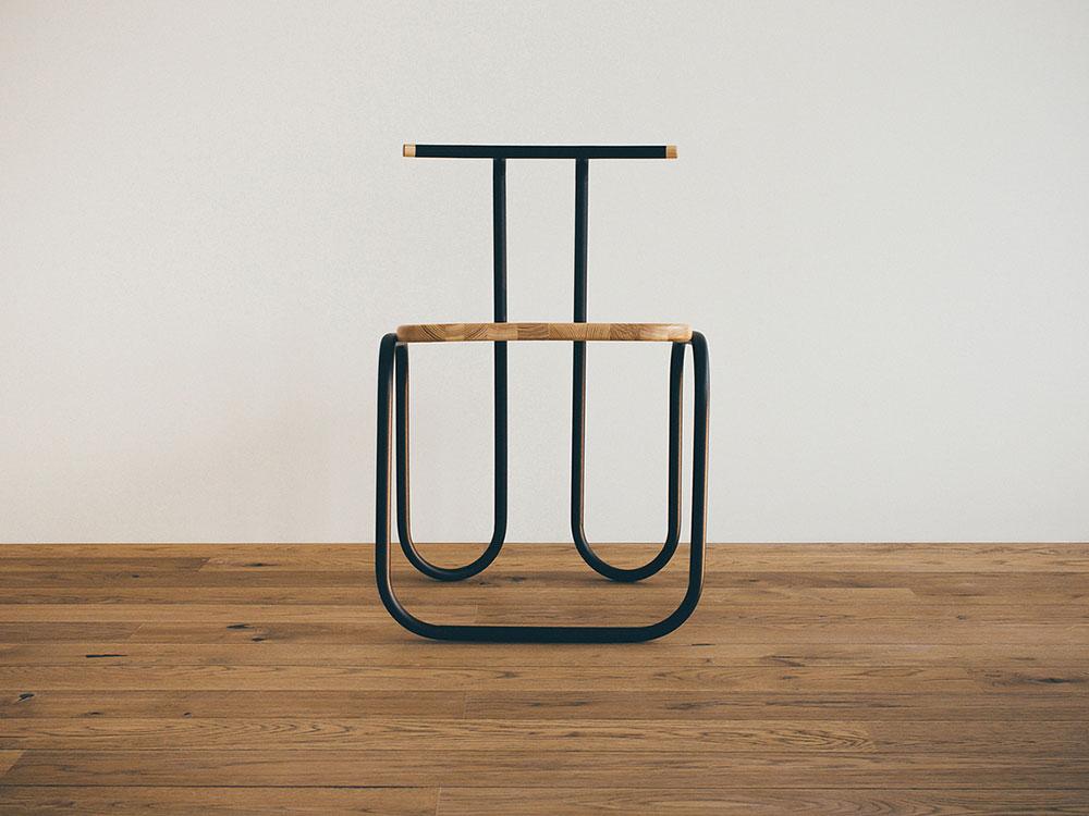 L01 – Chair, el diseño racional de Line Design Studio