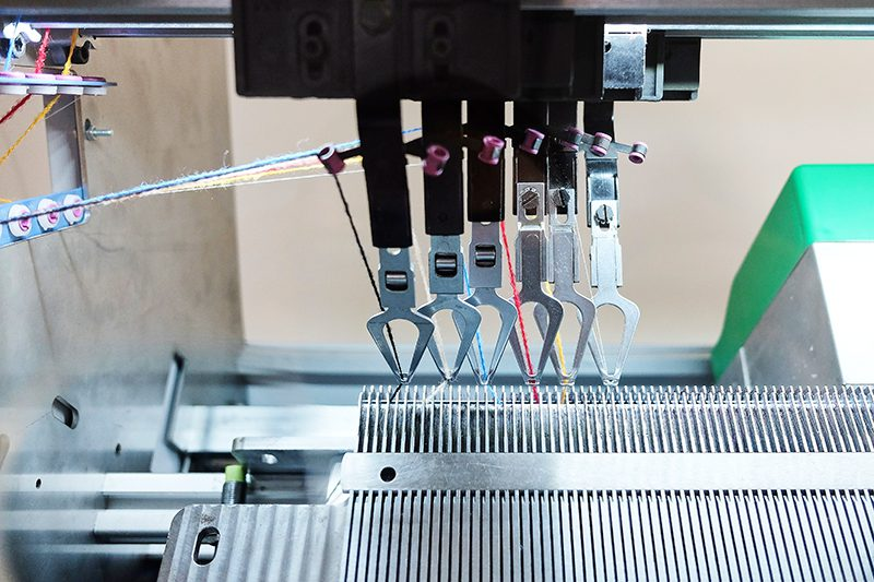 Kniterate, la máquina de tejer digital