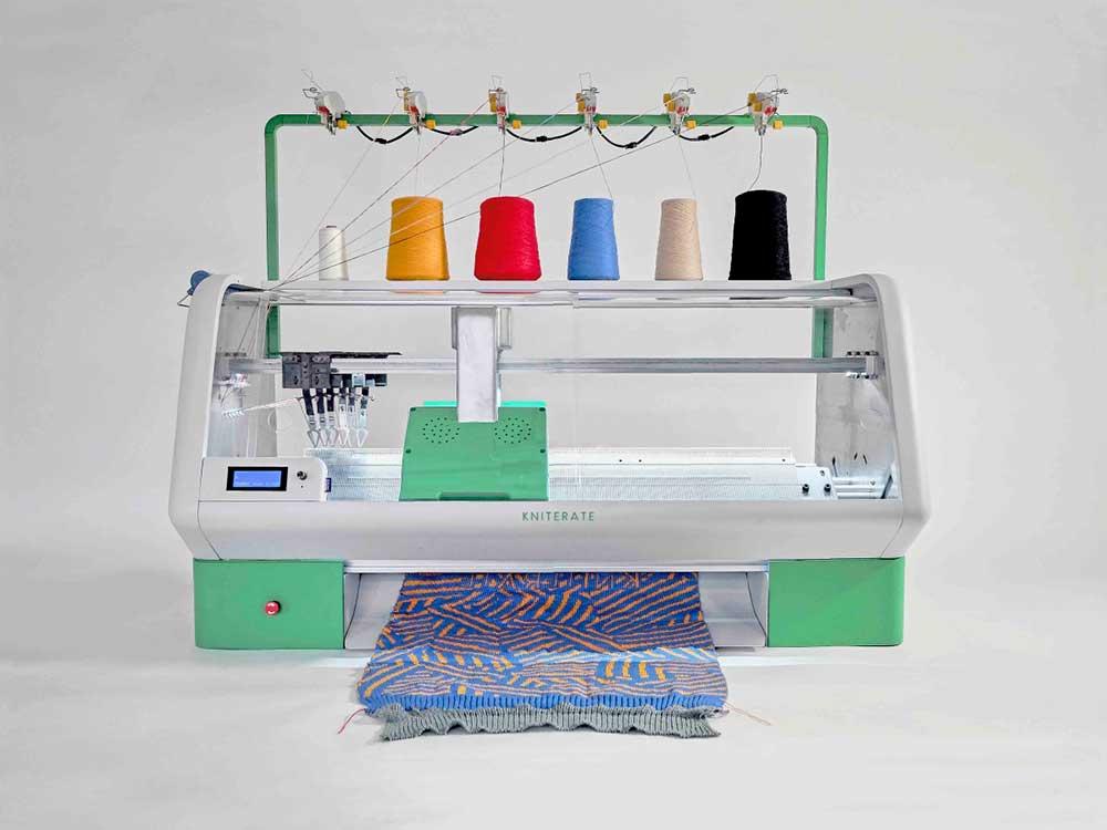 Kniterate, la máquina de tejer digital para democratizar la fabricación de ropa