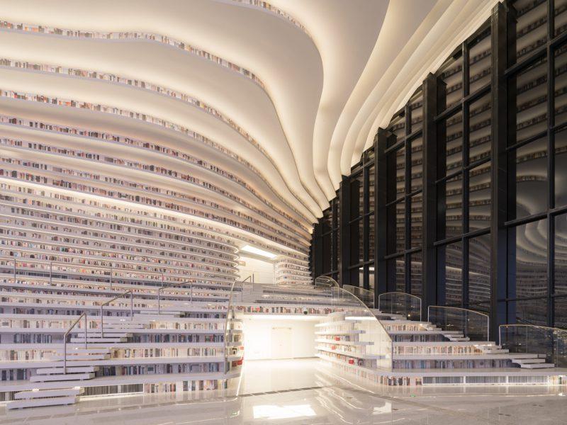 Tianjin Binhai Library, la biblioteca envolvente de MVRDV en China. © MVRDV