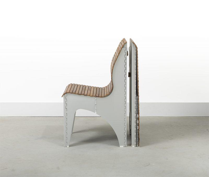 Ollie Chair, de RockPaperRobot.