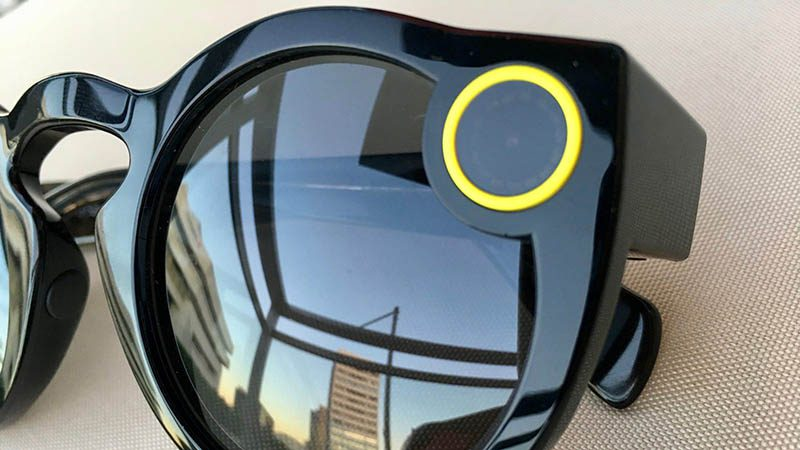 Snapchat lanza una nueva versión de sus lentes Spectacles
