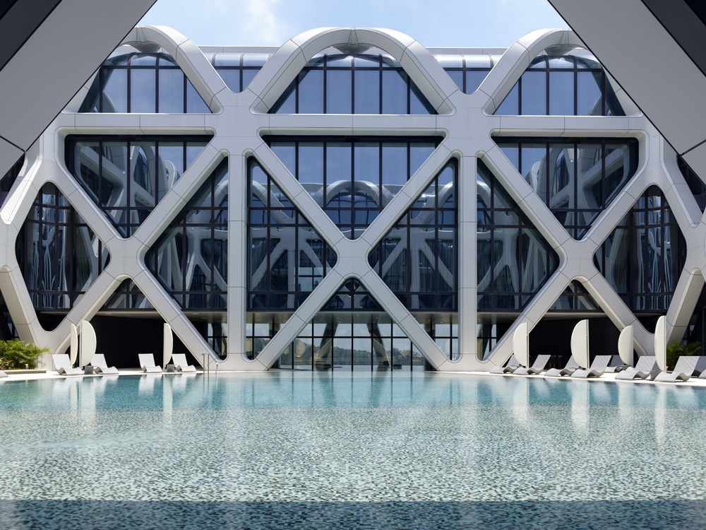 Abre el Morpheus Hotel de Zaha Hadid Architects en China
