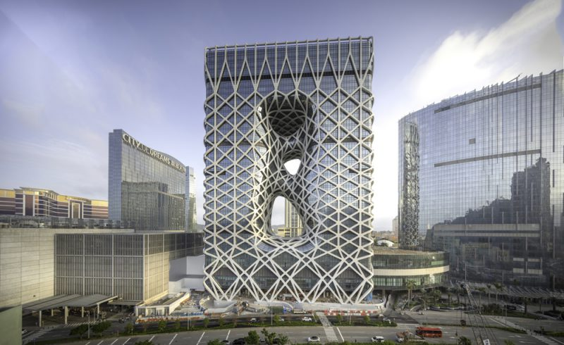 Morpheus Hotel de Zaha Hadid Architects en Macao, China. Fotografía: Ivan Dupont
