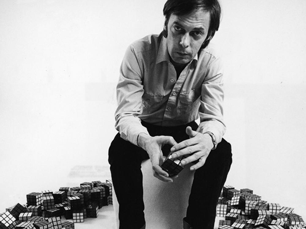 El cubo de Rubik fue lanzado al mercado en 1980 y es el juguete más vendido.