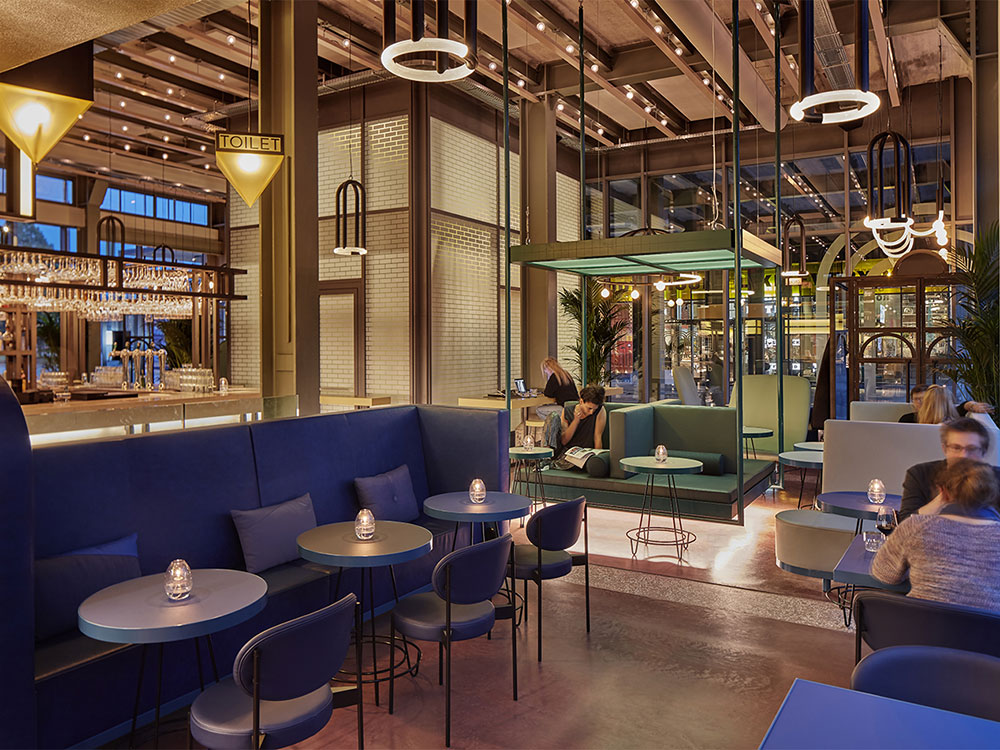 The Commons, el restaurante con aires industriales de Studio Modijefsky