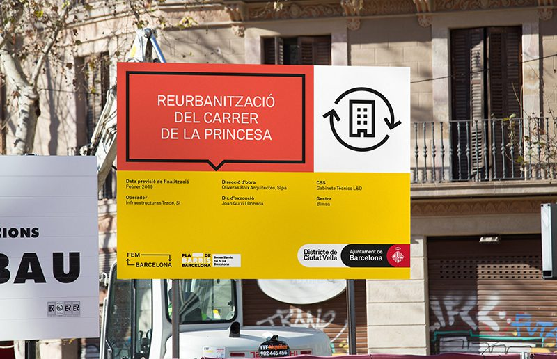 Familia diseña el nuevo sistema de señalización de obras de Barcelona