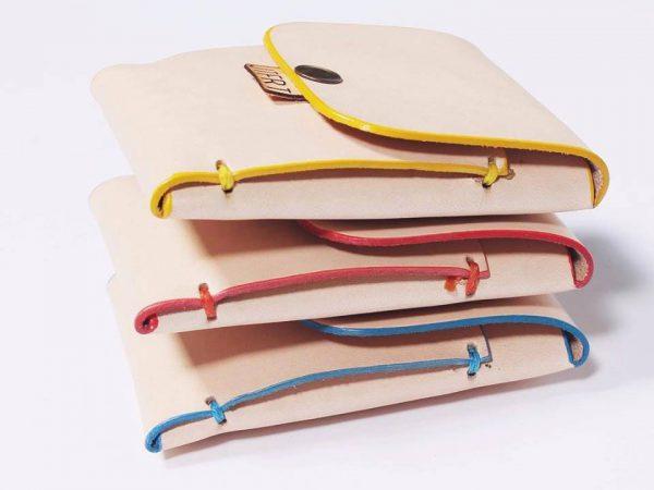 Jatafarta: objetos fabricados en cuero. Diseño y producción artesanal