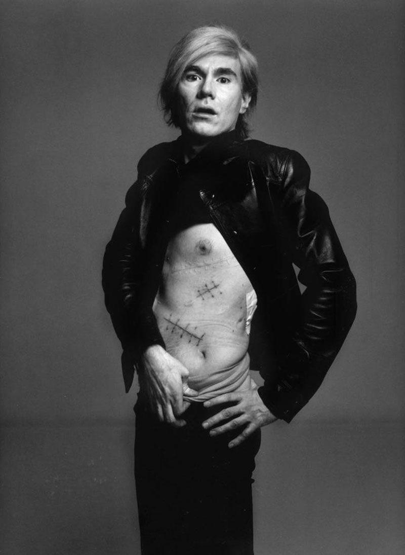 Andy Warhol: el diseñador que se eternizó en el artista. 90 años de creatividad